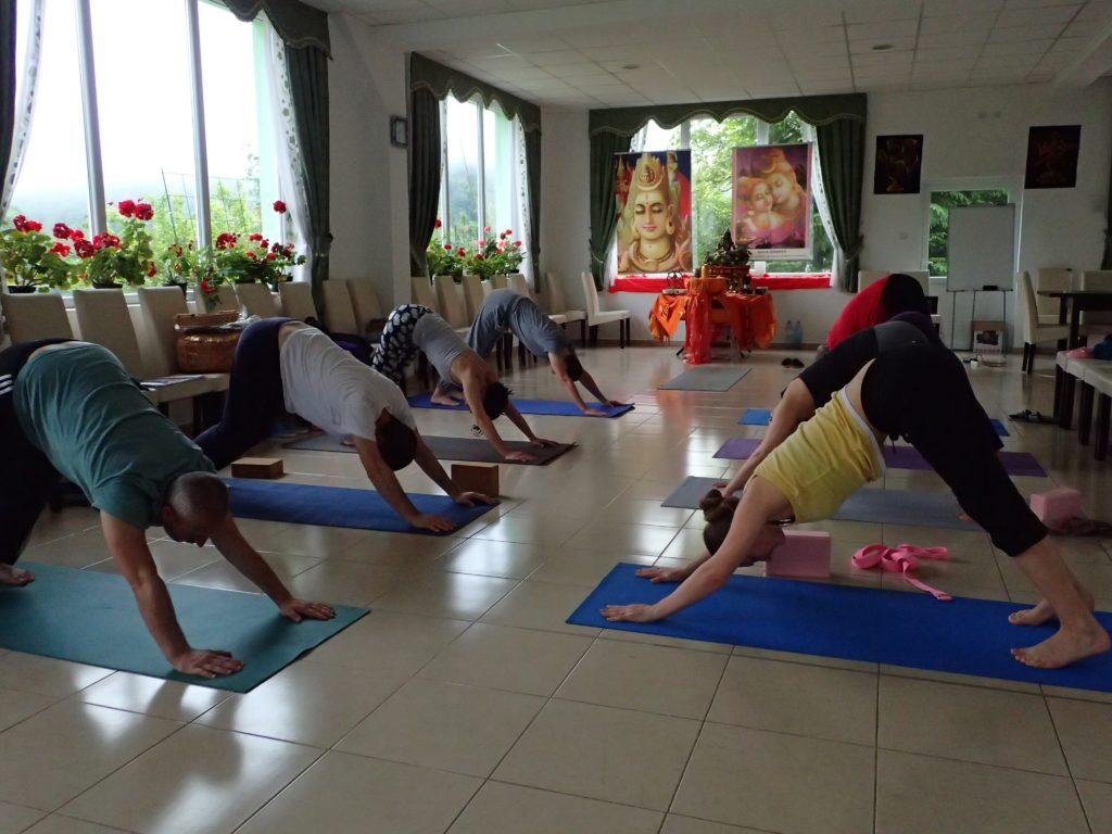 Ashtanga  yoga asana
