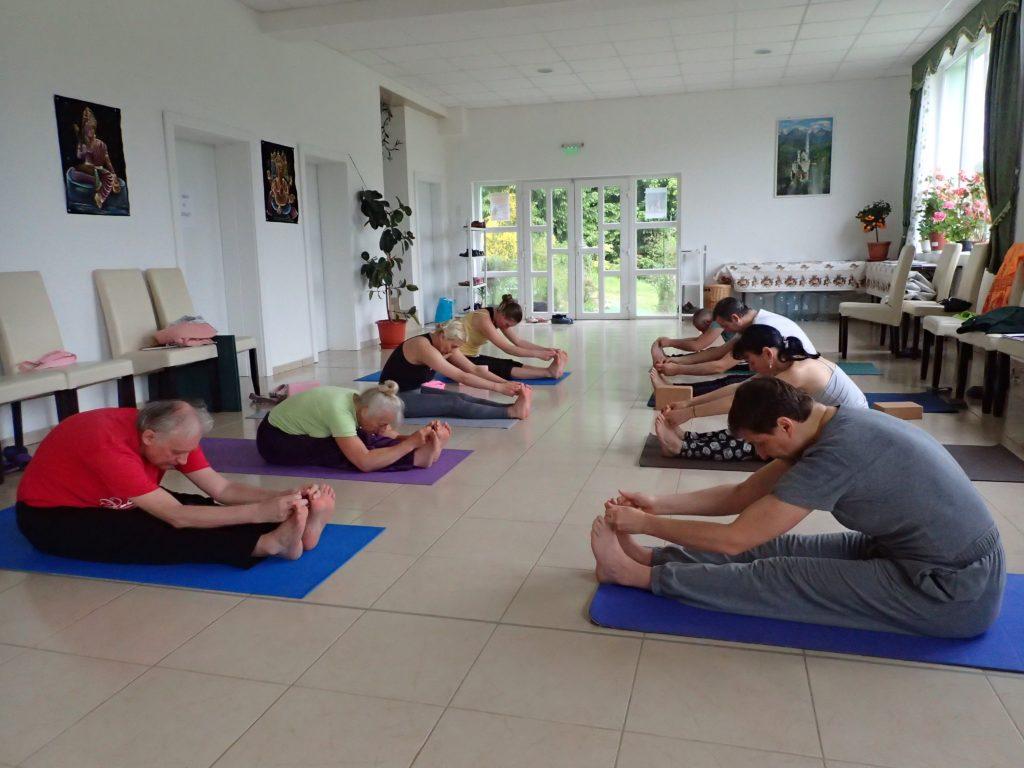 Ashtanga yoga vinyasa flow