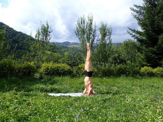 Sirshasana Yoga Pose